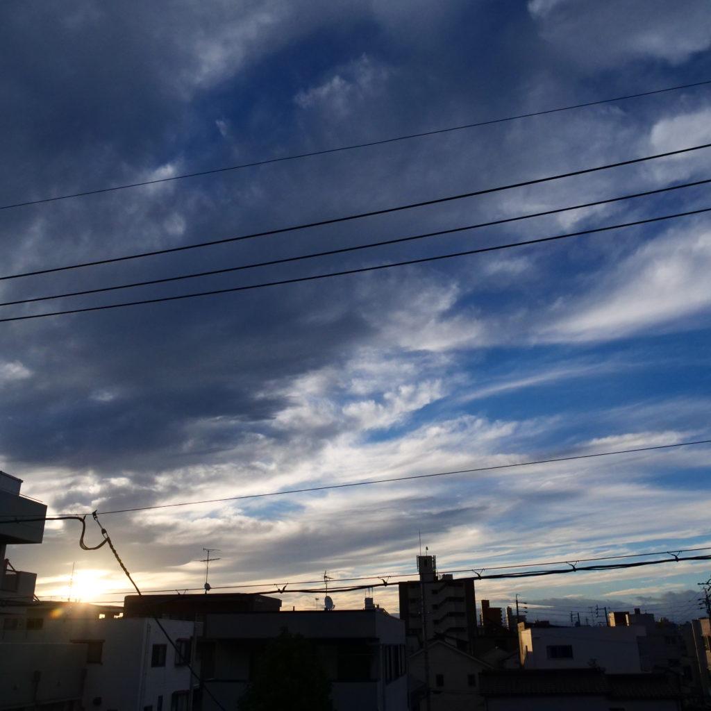 台風が去った後の日の出