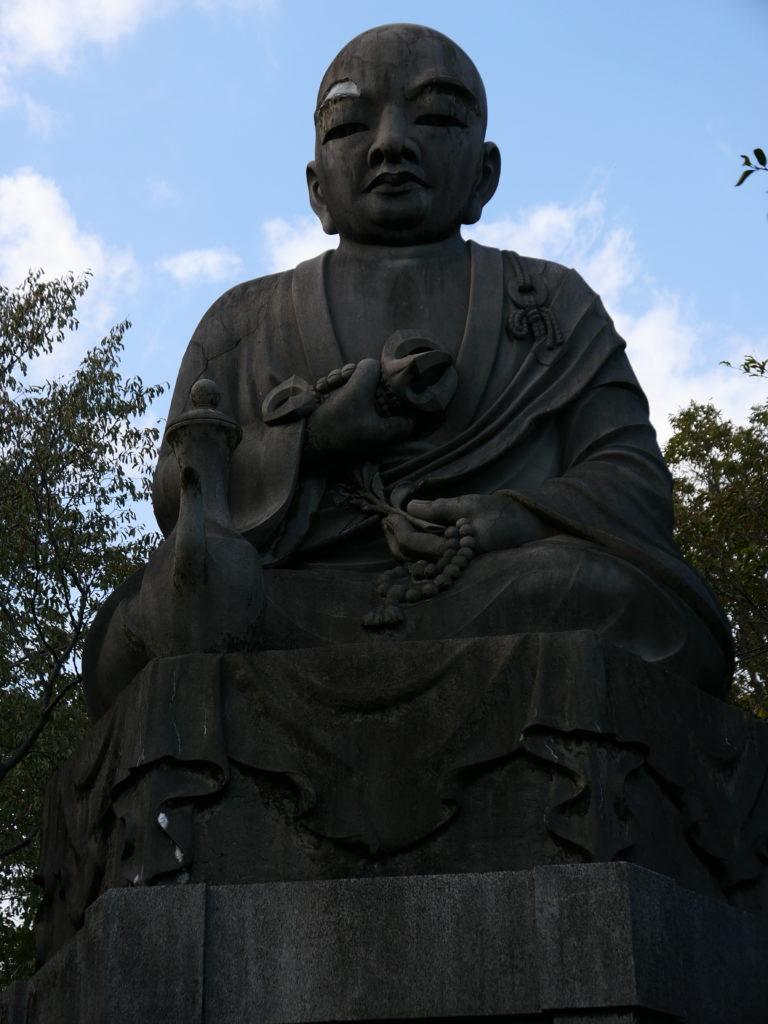 小幡緑地公園の大仏様