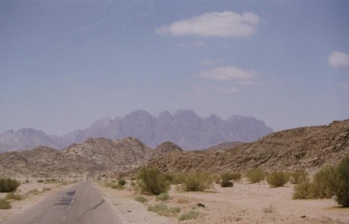 モーセが十戒を受けたとされる「セルバル山」