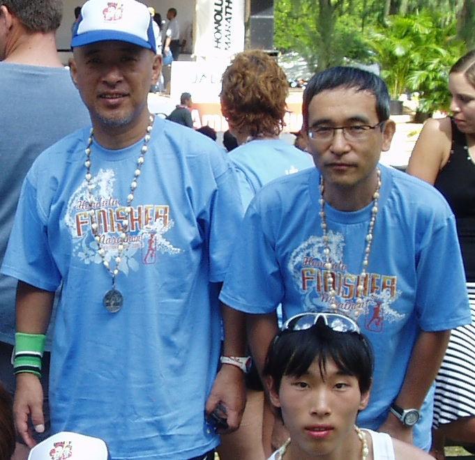 2006年 ホノルルマラソンにて 晃月師と記念撮影