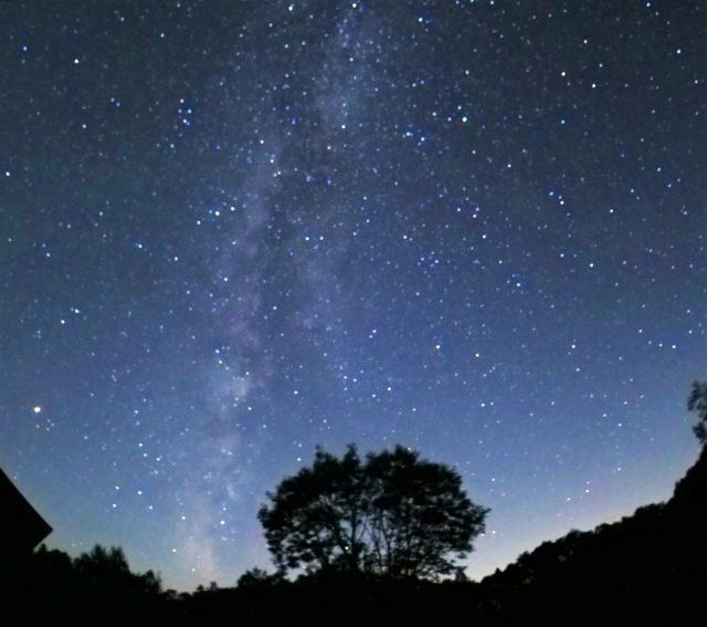 夜空の星、天の川