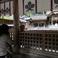 諏訪大社本宮
