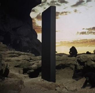 2001年宇宙の旅「モノリス」