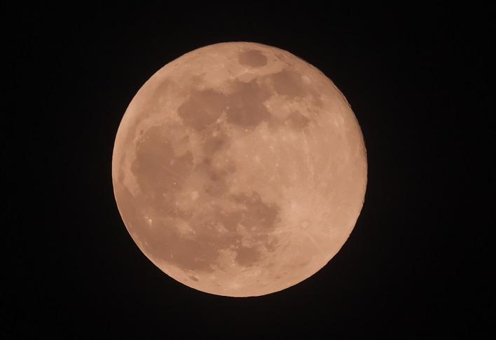 2021年4月27日の満月